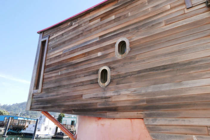"houseboat dubbed ""Evil Eye"" in Sausalito from the late '60s"